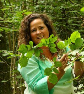 Sonya Dibbin - The Nature Lady
